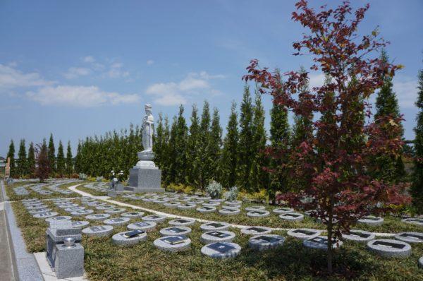 樹木葬カプセル墓地